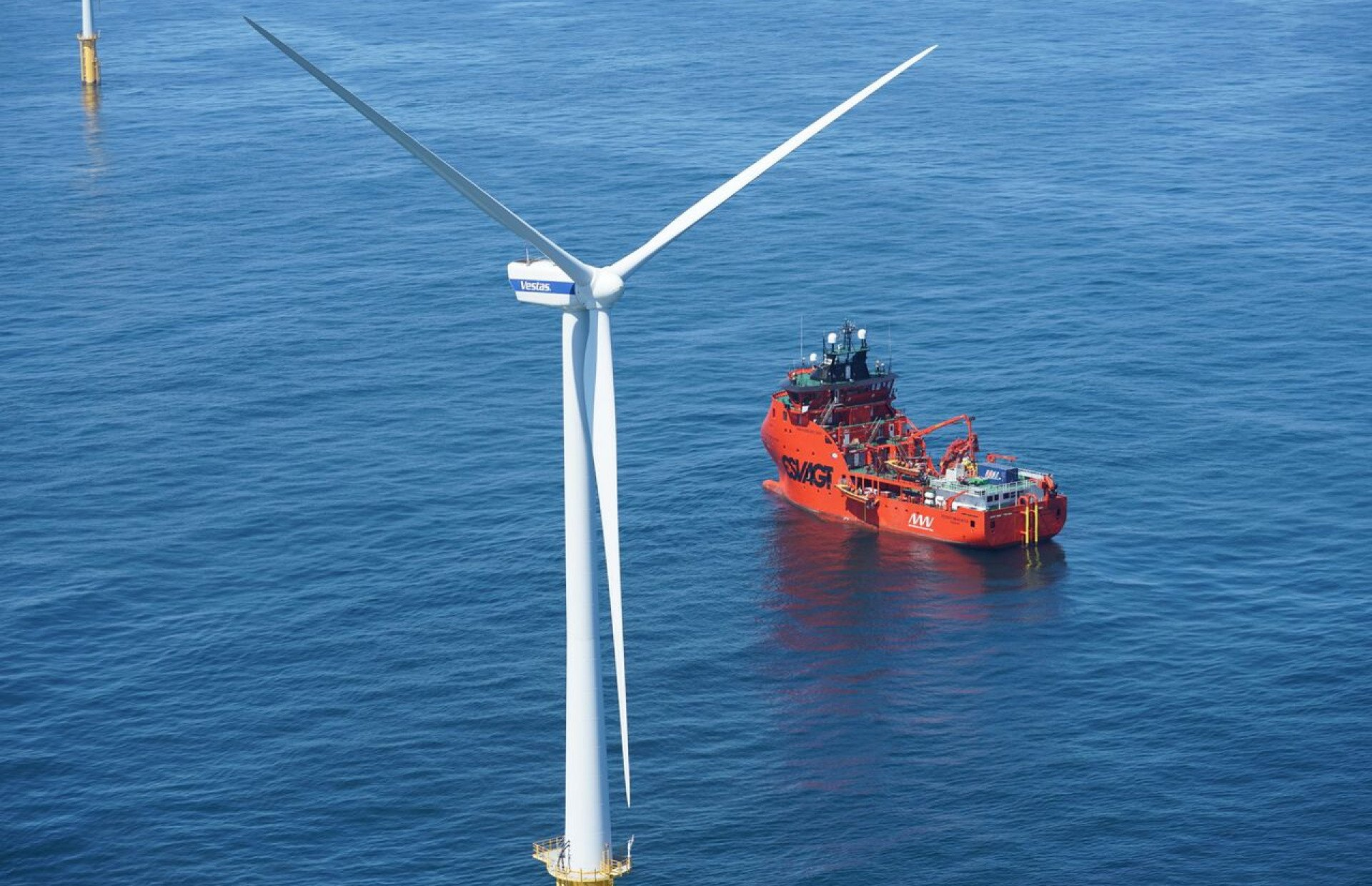 New Technological Trends in Offshore Vessels
