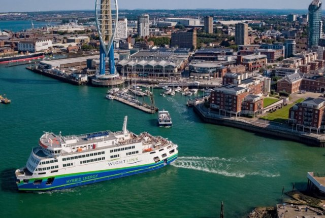 Building a Hybrid Beauty: Victoria of Wight